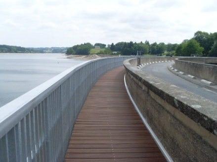 Réparation du barrage Pareloup